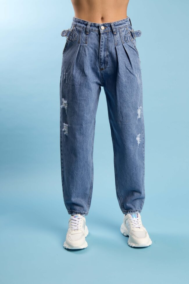 MOM FIT JEAN WITH DETAILED ZONE